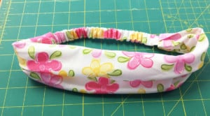 Headband in floral pattern